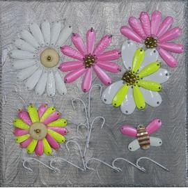 La pintura de flores con una paleta de tamaño 20x20. QR4