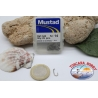 1 box 25 pcs Mustad cod.540 n.14, eyelet FC.B20D